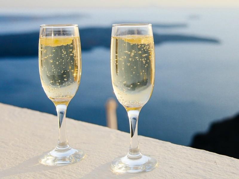 sparkling champagne